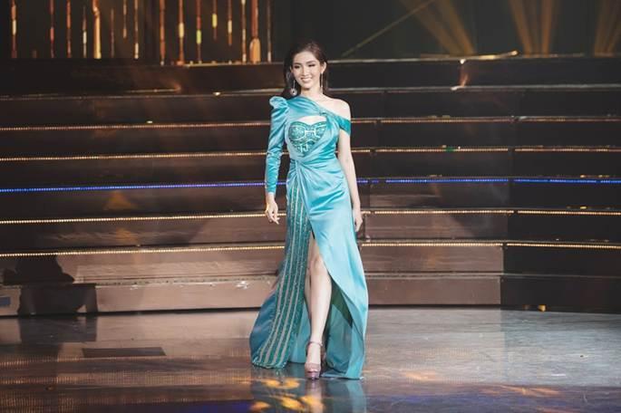 Đỗ Nhật Hà khoe vẻ đẹp hình thể, tự tin trình diễn bikini tại 'Hoa hậu Chuyển giới Quốc tế 2019'-5