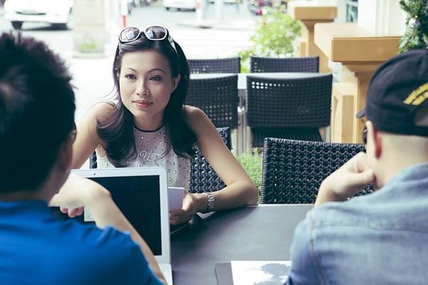 2 Hoa hậu Điện ảnh sắc nước hương trời một thời: Thanh xuân sôi nổi, lấy chồng xong sống đời ẩn dật tránh thị phi-14