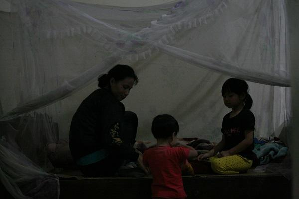 Mẹ trẻ Hà Nội sinh 8 đứa con sau 12 năm kết hôn: Tôi quên ngày 8/3 lâu rồi-5
