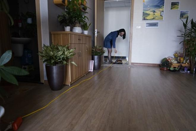 Mẹ đơn thân bị chủ đầu tư chung cư cấm vận, biến thành con tin trong chính căn hộ của mình-4