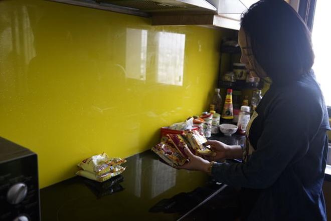 Mẹ đơn thân bị chủ đầu tư chung cư cấm vận, biến thành con tin trong chính căn hộ của mình-5