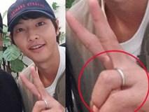 Ơn giời, Song Joong Ki cuối cùng cũng đã chịu đeo nhẫn cưới rồi!