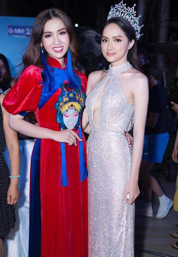 Hoa hậu Hương Giang tự tin hát ca khúc tiếng Anh bất hủ trong chung kết Miss International Queen 2019-3