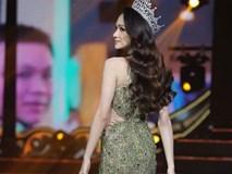 Hoa hậu Hương Giang tự tin hát ca khúc tiếng Anh bất hủ trong chung kết Miss International Queen 2019