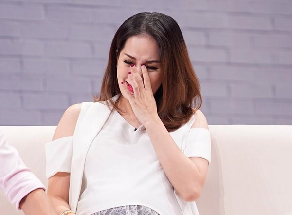 4 mỹ nhân Việt bị tình cũ phụ bạc, giờ được bù đắp bằng người chồng yêu thương hết mực-8