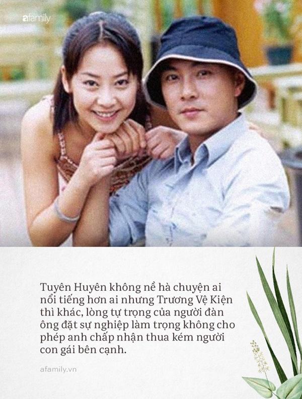 Trương Vệ Kiện và Tuyên Huyên: Tình yêu không vượt qua lòng tự trọng của đàn ông, chàng hạnh phúc bước tiếp, nàng cô đơn lẻ bóng tuổi xế chiều-4