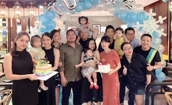 Phạm Quỳnh Anh bất ngờ tái hợp chồng cũ, cười tươi bên 2 con như chưa từng chia ly-1