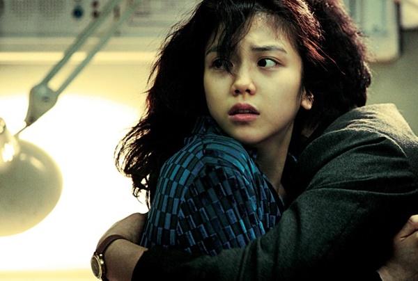 Ảnh Song Joong Ki đeo nhẫn cưới là ảnh cũ, tiểu tam thực sự không phải là bạn Song Hye Kyo mà là nhân vật này?-5