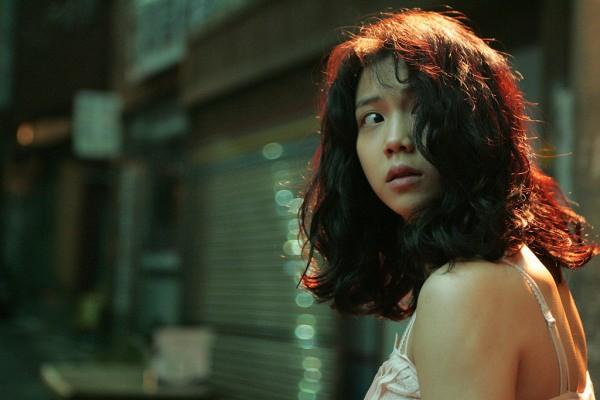 Tiểu tam tin đồn mới trong vụ ồn ào Song Song: Cô dâu Hà Nội gây sốc vì cảnh nóng, trải qua 2 mối tình chóng vánh-14