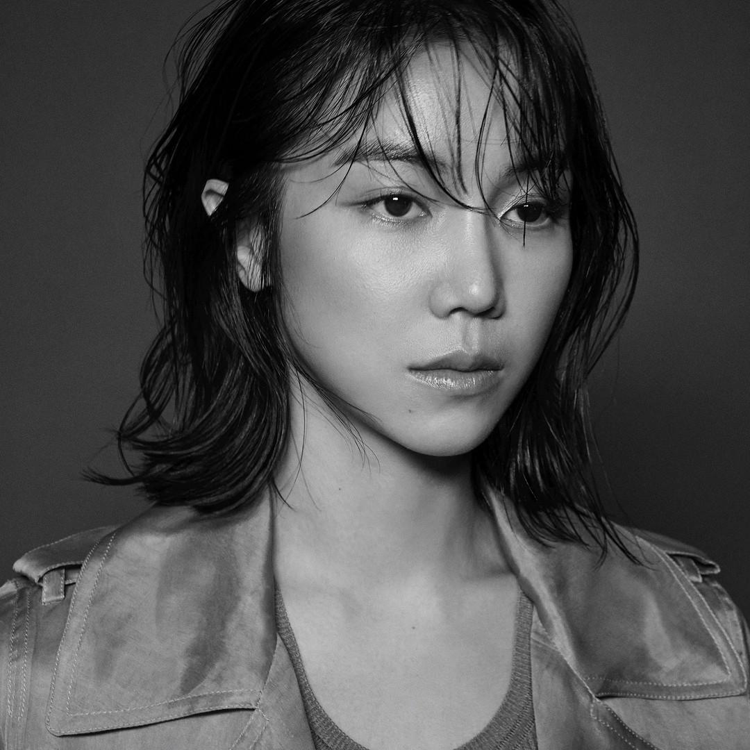 Tiểu tam tin đồn mới trong vụ ồn ào Song Song: Cô dâu Hà Nội gây sốc vì cảnh nóng, trải qua 2 mối tình chóng vánh-5
