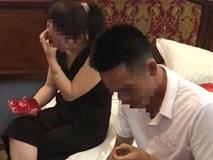 Chồng cô giáo tố vợ quan hệ với nam sinh lớp 10: Đọc tin nhắn của vợ,