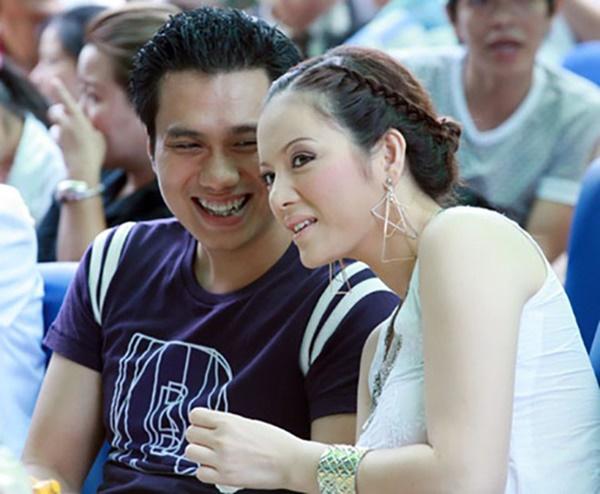 Đường tình trắc trở của diễn viên Việt Anh: Hai người vợ trái ngược tính cách và những nghi vấn tình ái với mỹ nhân showbiz Việt-3