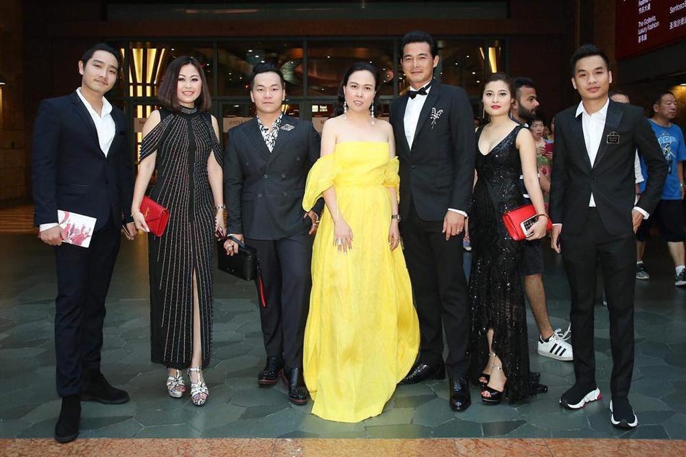KHÔNG THỂ TIN NỔI: Phượng Chanel diện đầm dạ hội 100 triệu mà bèo nhèo chẳng khác nào váy second hand-7