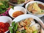 Mất 45 nghìn ăn tô hủ tiếu bò, cô gái Sài Gòn suýt ngất khi được khuyến mại thêm đĩa lòng toàn sán-4