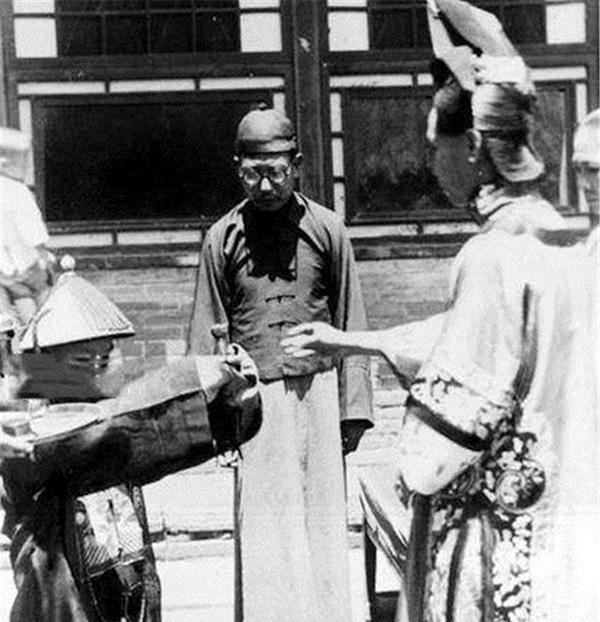 Ảnh hiếm về cách tổ chức hôn lễ của một gia đình quý tộc Trung Quốc thời nhà Thanh-5