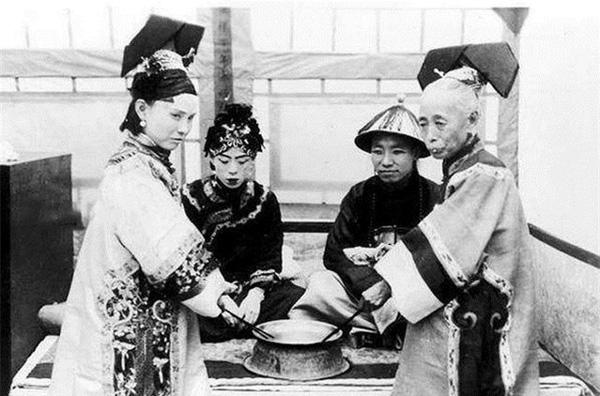 Ảnh hiếm về cách tổ chức hôn lễ của một gia đình quý tộc Trung Quốc thời nhà Thanh-7