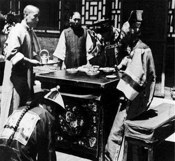 Ảnh hiếm về cách tổ chức hôn lễ của một gia đình quý tộc Trung Quốc thời nhà Thanh-10