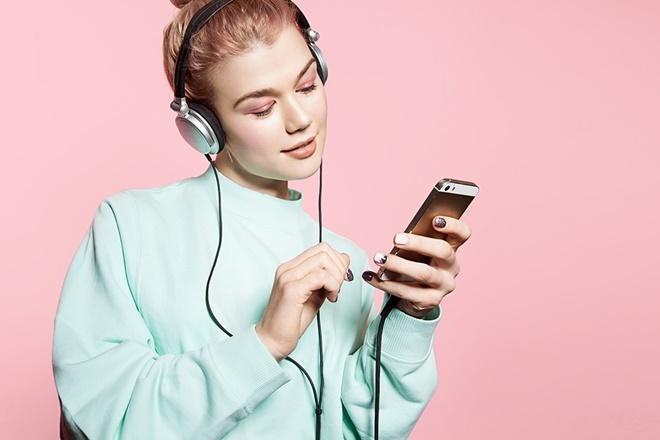 Nhiều trường hợp bị điếc đột ngột chỉ vì làm điều này trước khi ngủ, không sửa ngay còn có nguy cơ mất thính giác vĩnh viễn-3