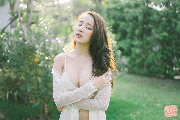 Vẻ sexy chết người của 'nữ thần nội y' Thái Lan-1