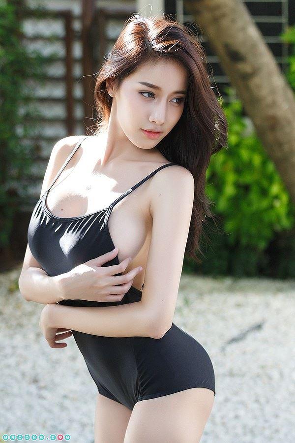 Vẻ sexy chết người của 'nữ thần nội y' Thái Lan-3