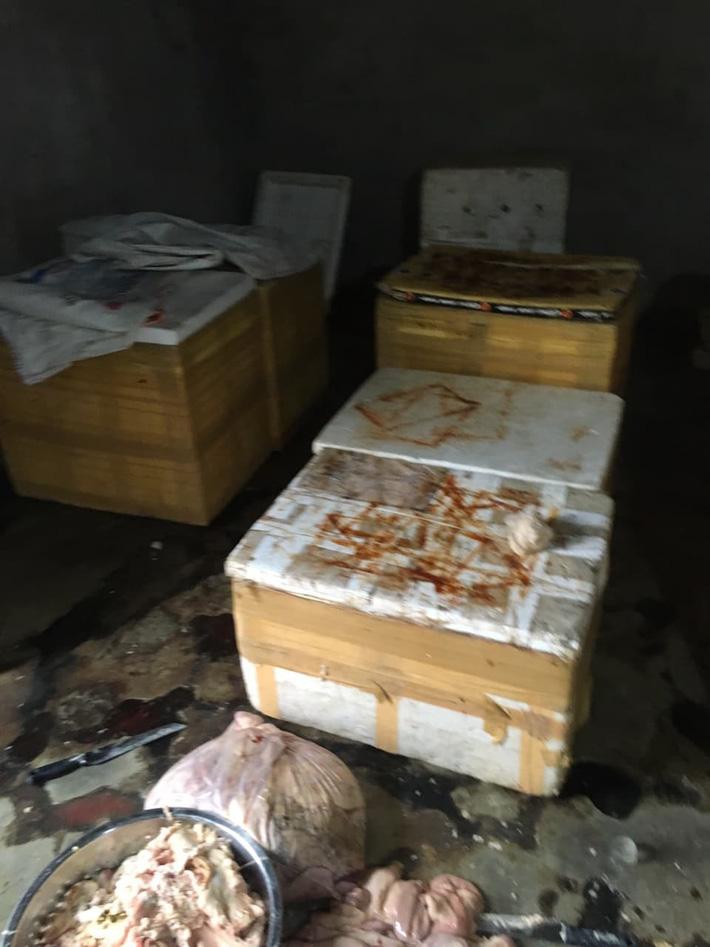 Kinh hãi hàng trăm kg nội tạng động vật hôi thối sơ chế cạnh khu vực bãi rác ở Đà Nẵng-2