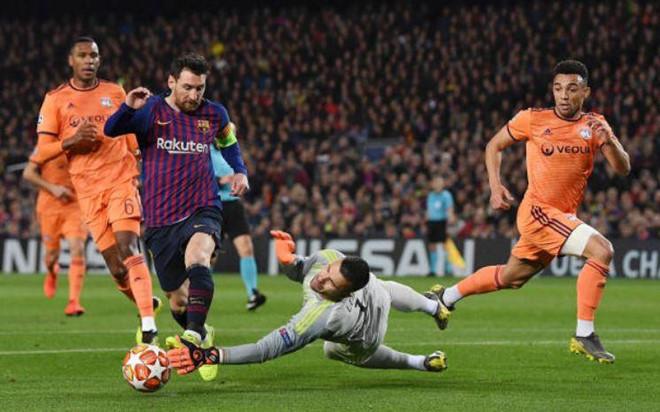 Messi ghi dấu trong 4 bàn thắng, Barca vào tứ kết thuyết phục-1