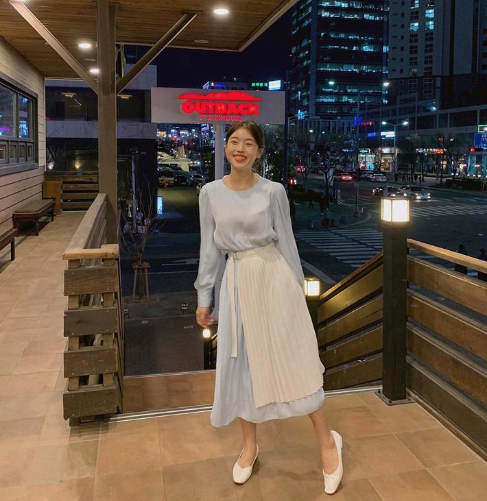 15 gợi ý đến từ street style Châu Á sẽ giúp bạn mặc đẹp suốt cả tuần này-10