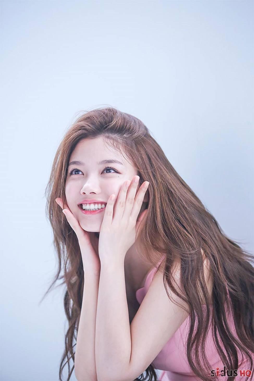 Vẻ đẹp xuất thần của cô gái 19 tuổi xinh nhất xứ Hàn-5