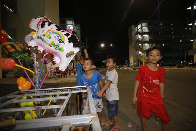 Cuộc sống 3 đứa trẻ có ba mẹ chết dưới bánh xe container giờ ra sao?-3