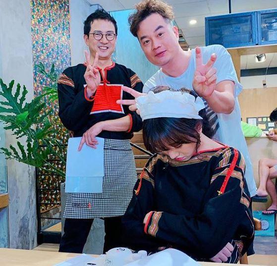 Hiếm lắm mới bình luận bài viết của Hari Won, Trấn Thành nói thế này khi bà xã ngủ gật ở trường quay-5