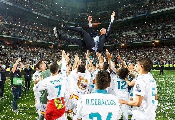 Zidane - có ai tắm hai lần trên một dòng sông?-1