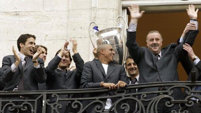 Zidane - có ai tắm hai lần trên một dòng sông?-3
