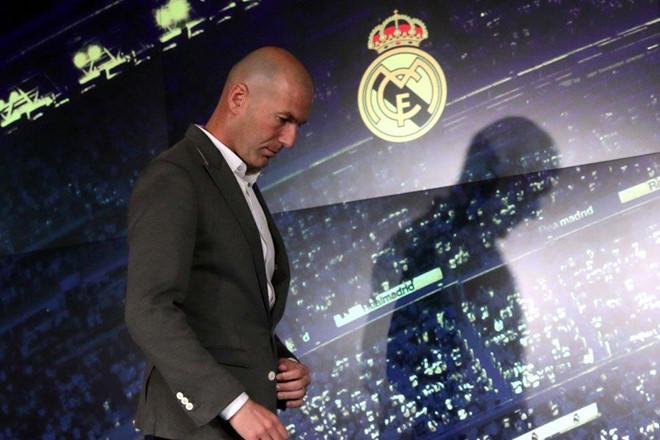 Zidane - có ai tắm hai lần trên một dòng sông?-5
