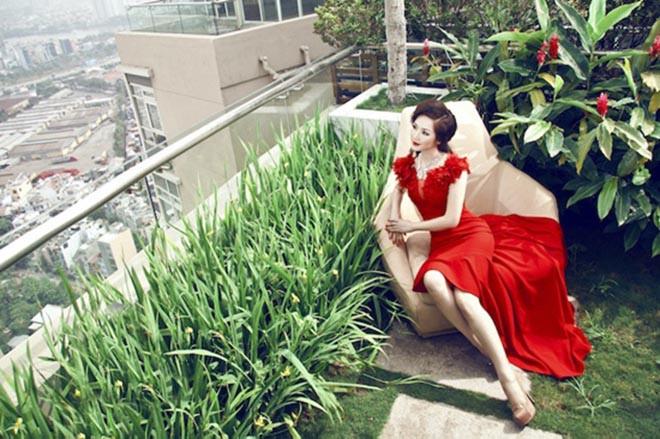 Từng là giai nhân của chủ tịch Tân Hoàng Minh, Hoa hậu không tuổi Giáng My giàu cỡ nào?-8