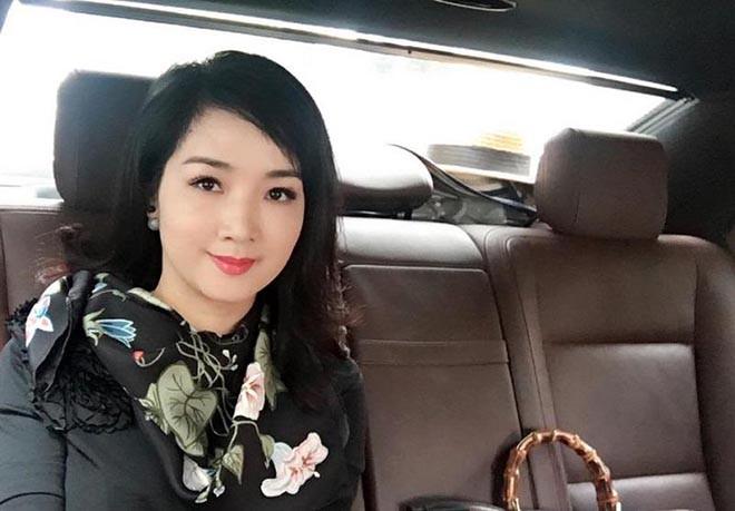 Từng là giai nhân của chủ tịch Tân Hoàng Minh, Hoa hậu không tuổi Giáng My giàu cỡ nào?-9