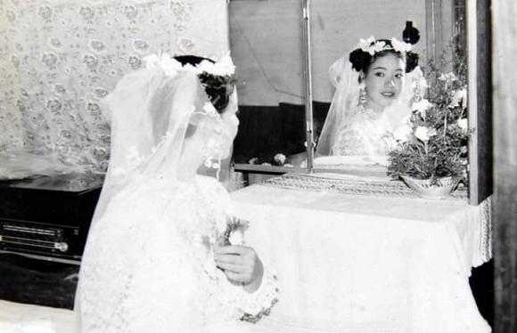 Kỷ niệm 32 năm ngày cưới, NSƯT Chiều Xuân tiết lộ loạt ảnh hiếm trong đám cưới năm 20 tuổi-1