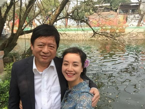 Kỷ niệm 32 năm ngày cưới, NSƯT Chiều Xuân tiết lộ loạt ảnh hiếm trong đám cưới năm 20 tuổi-7