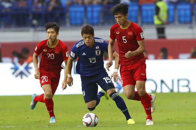 CLB Hà Nội lên tiếng về tin đồn Văn Hậu sang Đức thi đấu-2