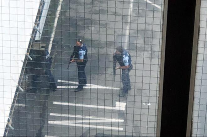 Xả súng đẫm máu tại nhà thờ New Zealand: Kẻ thủ ác livestream từ đầu đến cuối, hàng chục người thương vong-5