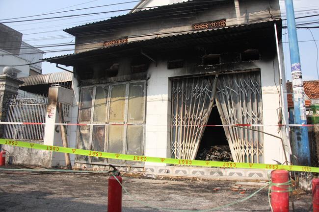 Cháy cửa hàng điện tử, 3 người một gia đình chết thảm, trong đó có bé gái mới 10 tuổi-1