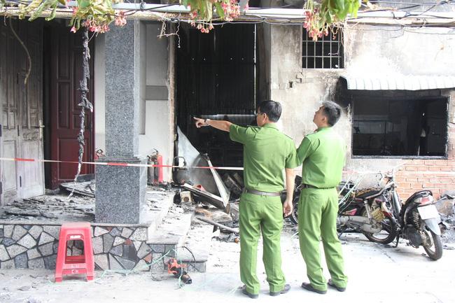 Cháy cửa hàng điện tử, 3 người một gia đình chết thảm, trong đó có bé gái mới 10 tuổi-2