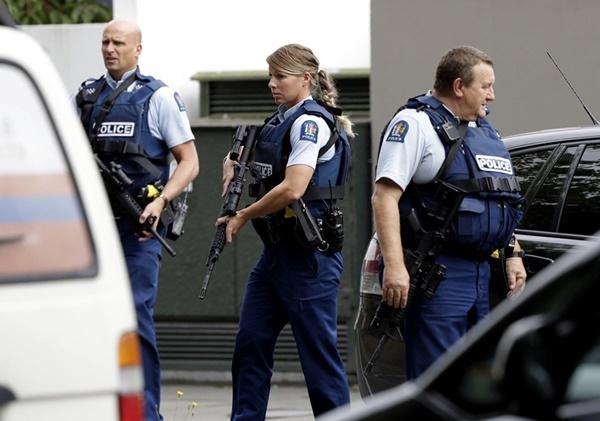 Ngày đen tối nhất lịch sử sau 2 vụ xả súng liên tiếp ở New Zealand-10