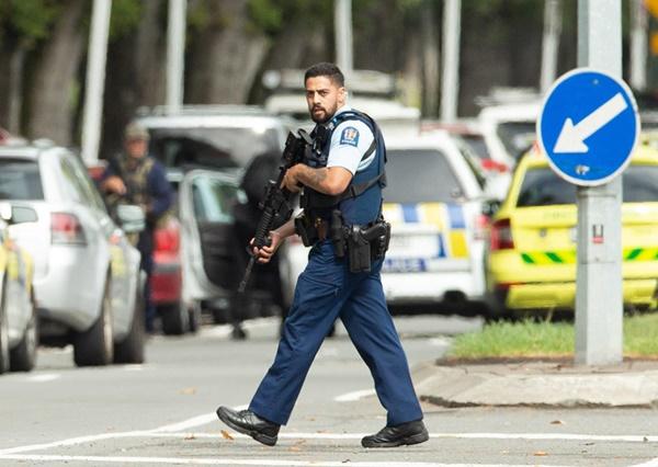 Ngày đen tối nhất lịch sử sau 2 vụ xả súng liên tiếp ở New Zealand-11