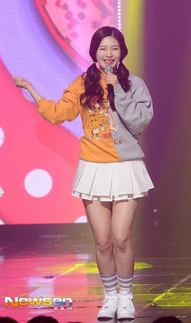 So kè body 3 nữ thần gợi cảm thế hệ mới Hàn Quốc-4