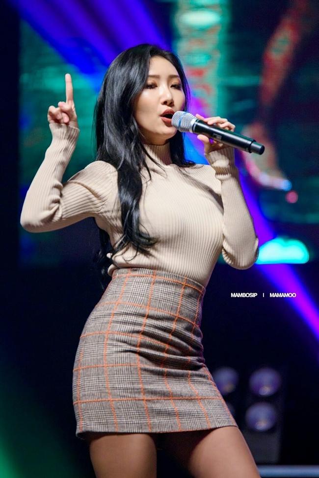 So kè body 3 nữ thần gợi cảm thế hệ mới Hàn Quốc-15