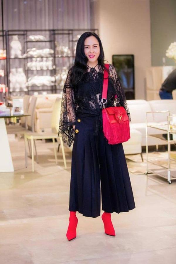 Phượng Chanel - hôn thê Quách Ngọc Ngoan bị chê lôi thôi dù phủ kín hàng hiệu-7