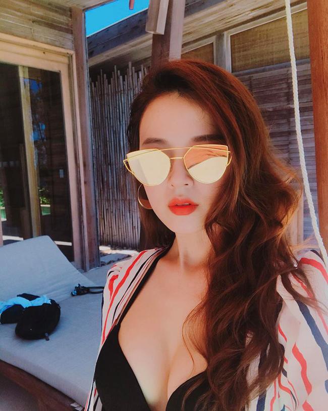 Tuổi 30, hot girl Midu ngày càng gợi cảm và táo bạo-11