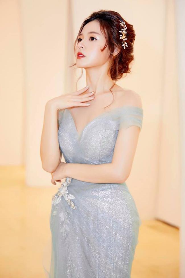Tuổi 30, hot girl Midu ngày càng gợi cảm và táo bạo-12