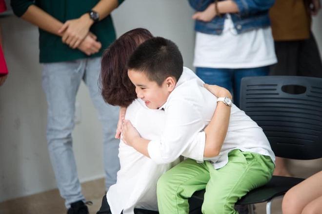 Giọt nước mắt của mẹ và bức tâm thư nhờ cộng đồng tìm trường cho con vào lớp 1-7