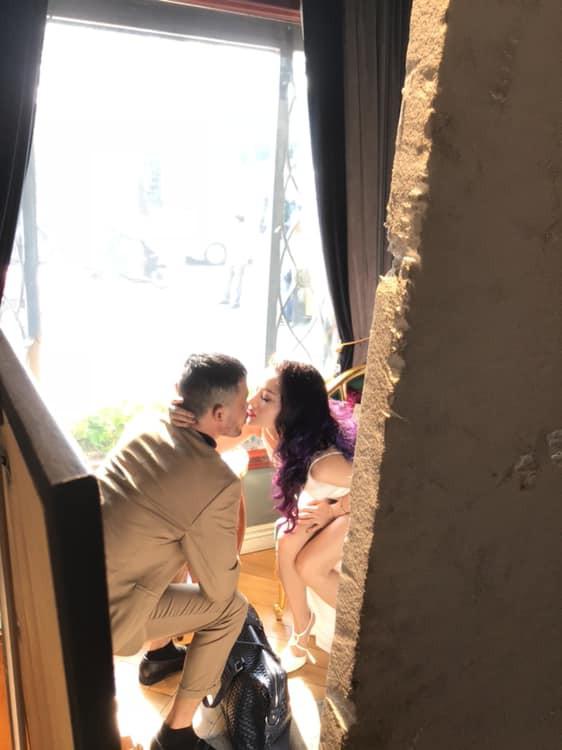 Hiệp Gà đăng ảnh hôn môi hot girl nóng bỏng sau khi công khai thả thính-2